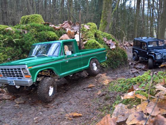 Ausfahrt mit Ford F100, Defender 90 und AMG Benz