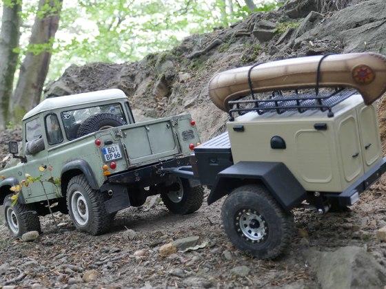 D90 Pickup mit neuem Trailer