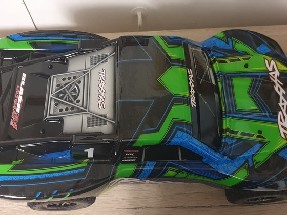 Slash 4x4 Ultimate
