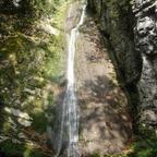 Der Wasserfall...............naja, ohne die Spielerei mit dem Auto hätte es nicht gelohnt