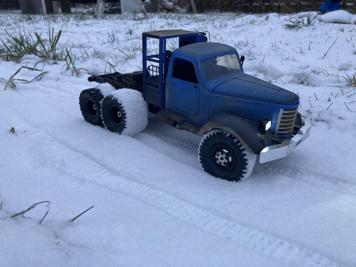 JJRC Russenschlampe im Schnee
