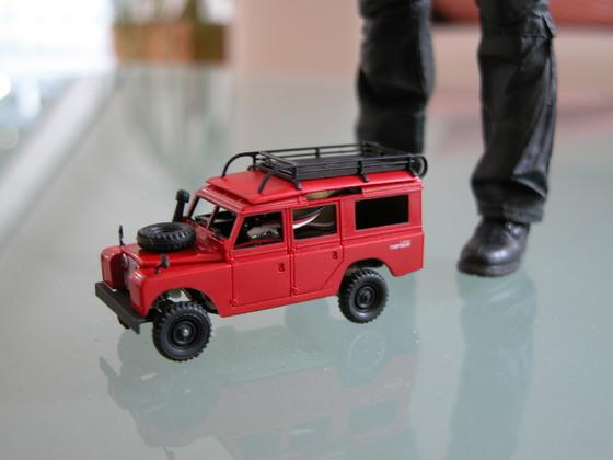 Land Rover 109 mit Anbauteilen