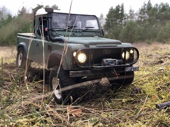 Land Rover Defender PU