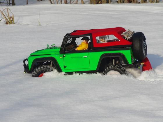 Mit dem Dingo durch den Schnee