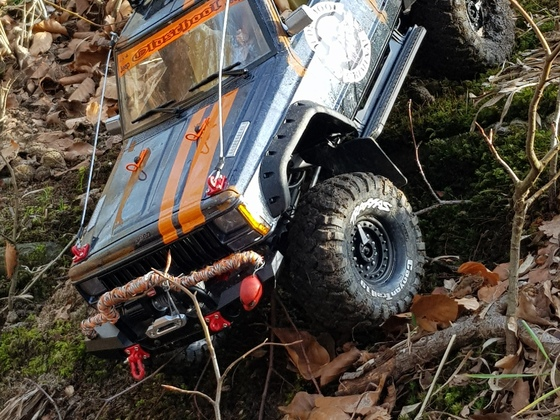 TRX 4 mit Jeep Body