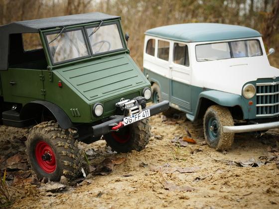Chimeraa's Willys Wagon und U411 beim Herbstausflug