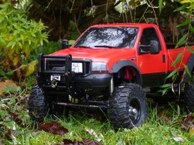 Ford F350 auf Axial SCX10  Chassis