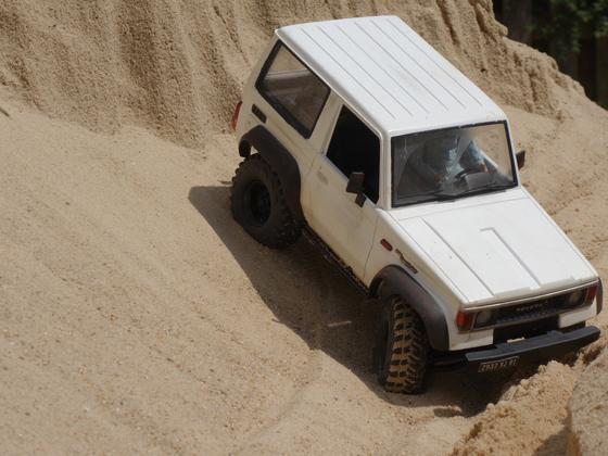 Sandkastenspiele mit dem Toyota LJ70  - 1
