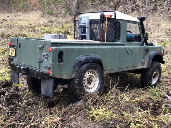 Land Rover Defender PU