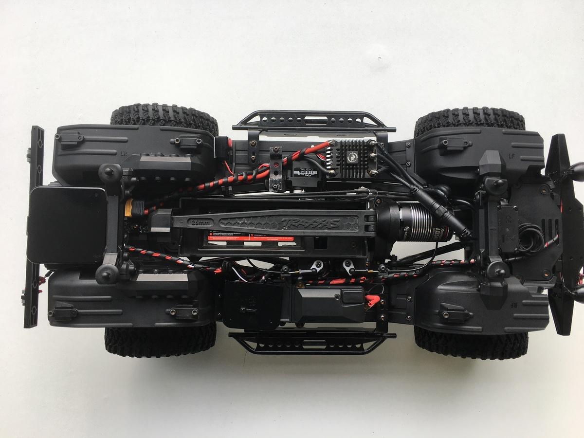 Aufgeräumtes und gereinigtes TRX-4 Chassis