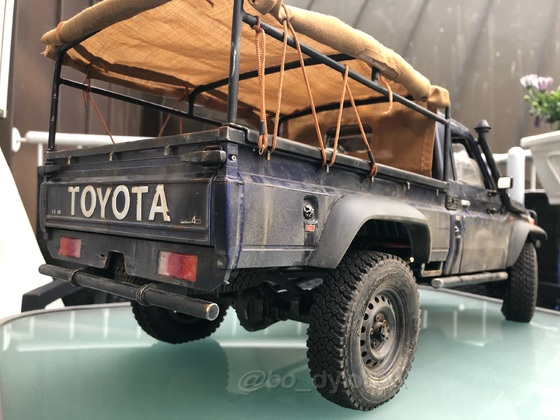 Toyota LC70 im Used-Look