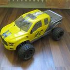 Carson FY10 mit Ford F150 Raptor Karosserie