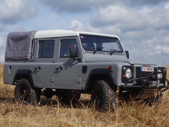 Land Rover Defender 110 DCPU - 4