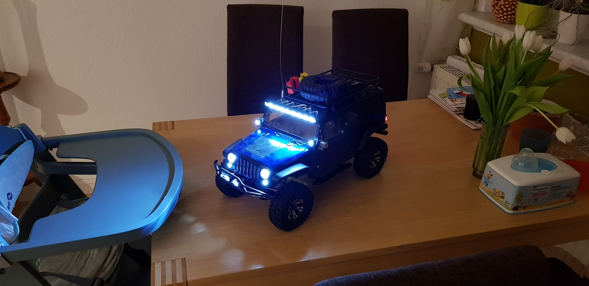 Mein Axial SCX10 Jeep Wrangler