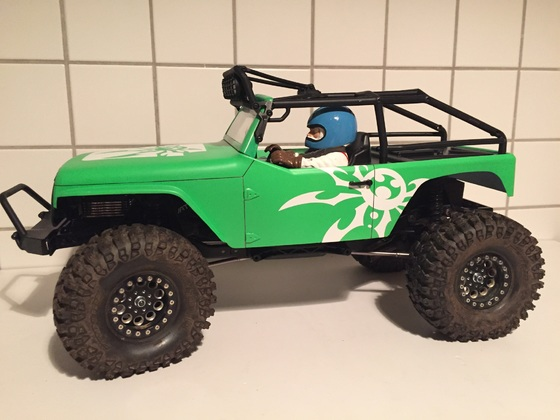 Ascender mit Axial G6 Wrangler
