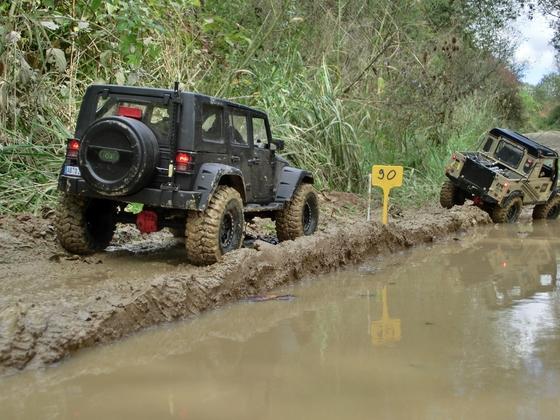 Jeep JK 4 door: 200 Tore Challenge in Asbach