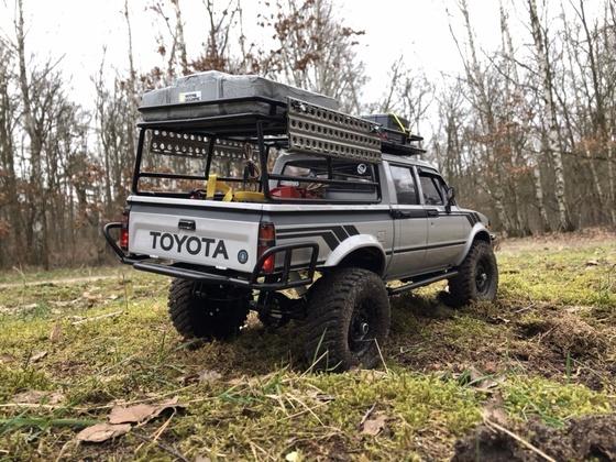 Toyota Hilux DAB(lin)