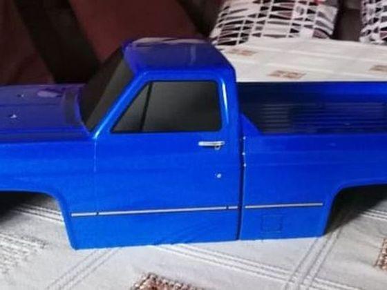 Blauer Body