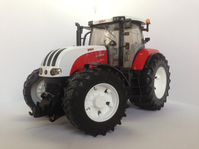 rc modellbau traktor ferngesteuerte traktoren. Black Bedroom Furniture Sets. Home Design Ideas